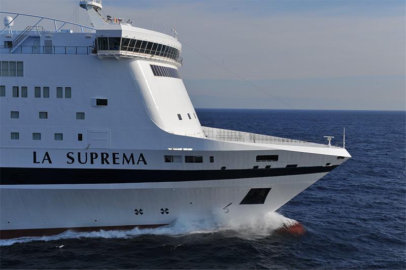 Risultati immagini per nave suprema